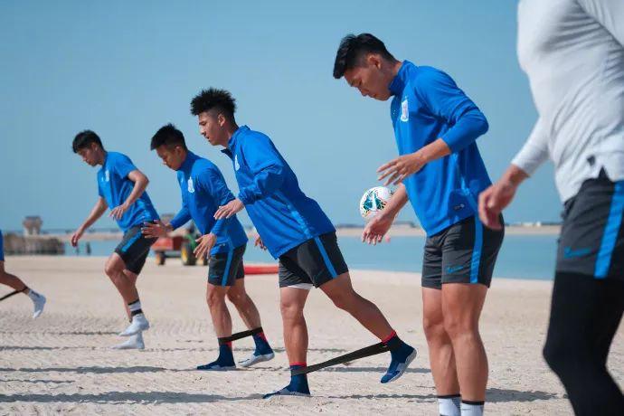 共有6支中超俱乐部在阿联酋的迪拜冬训,聚集近一半的中超球队 第1张