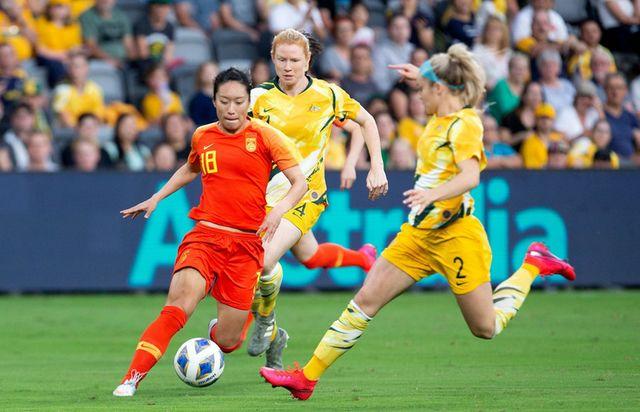 贾帅献2神作!中国足球冲奥的唯一希望再次寄托在女足身上 第1张