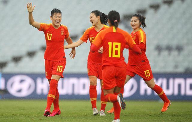 贾帅献2神作!中国足球冲奥的唯一希望再次寄托在女足身上 第4张