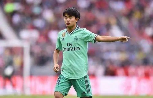 与梅西并列西甲第一!19岁日本梅西 第10张