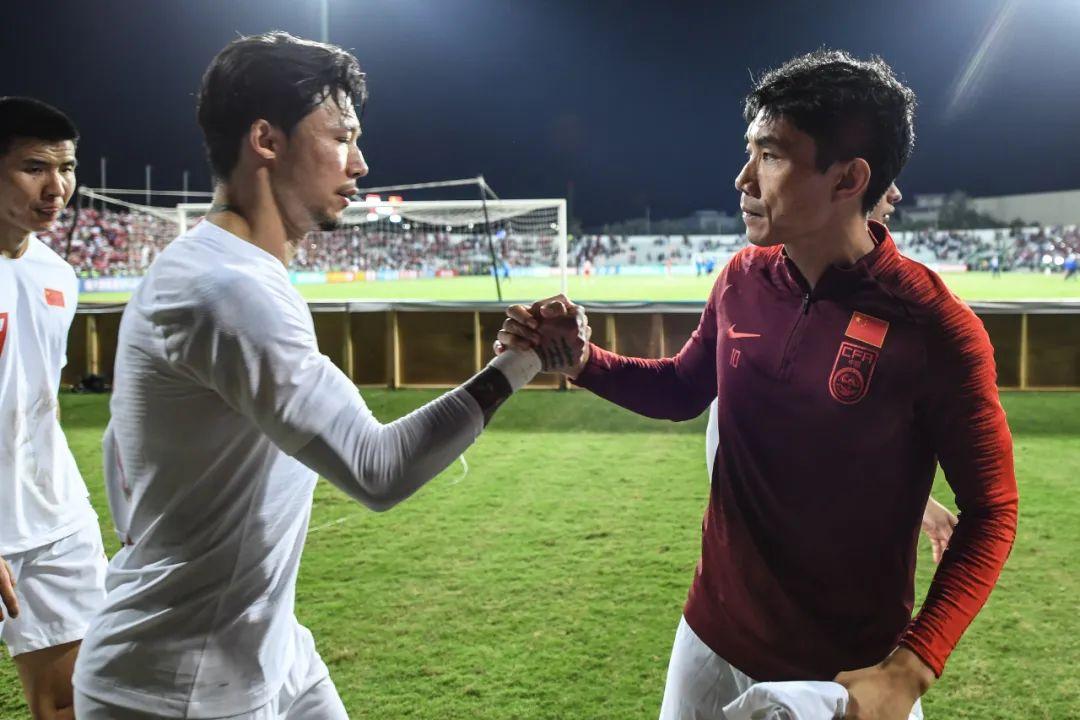 郑智正式上岗做助教,利己利队更利于中国足球 第9张